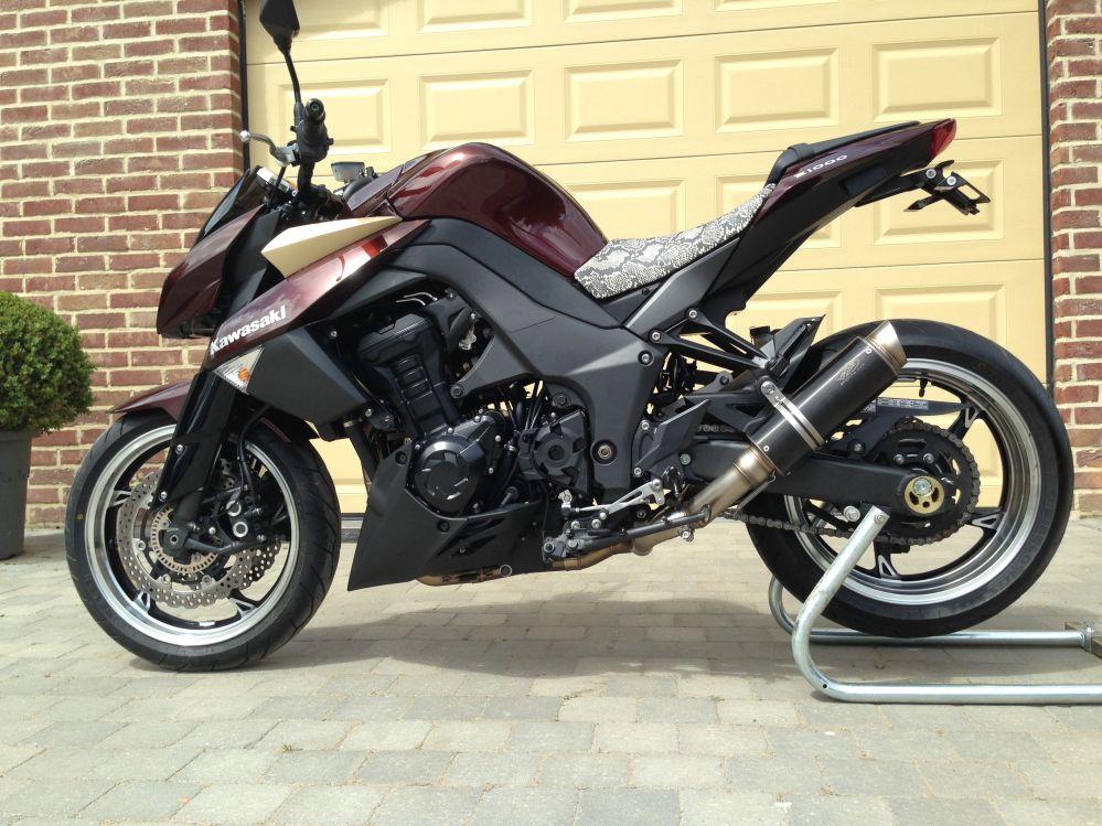 Kawasaki Z1000 - Z750 [s][r] plaza standje 69 - Naked